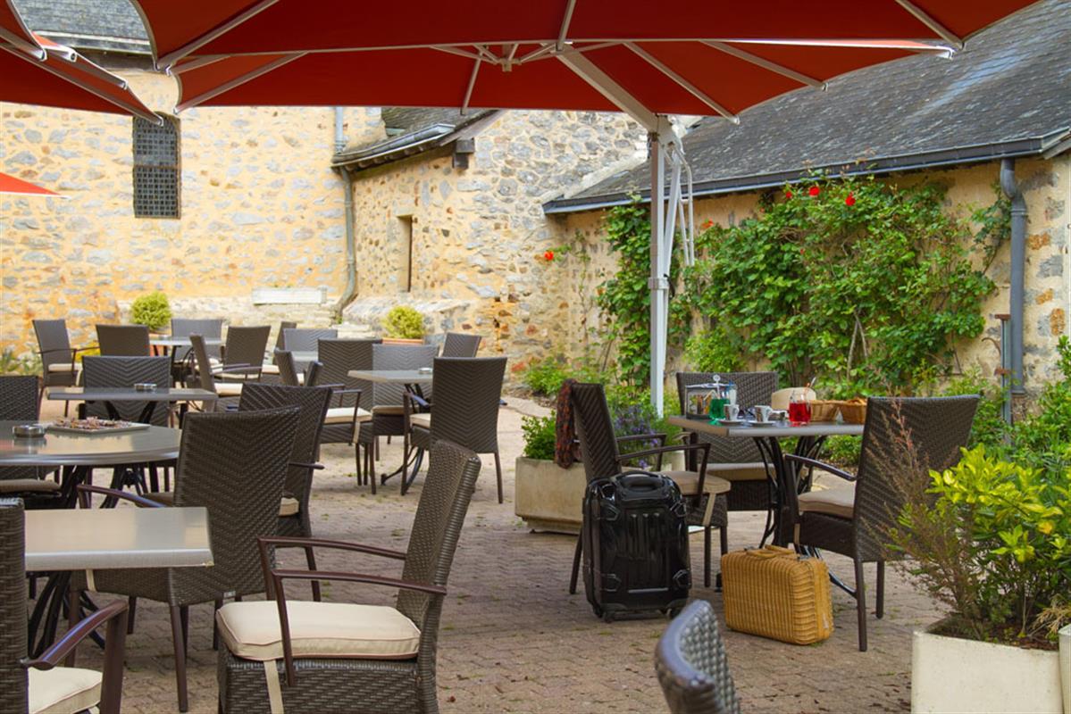 Restaurant Laval  Logis De France