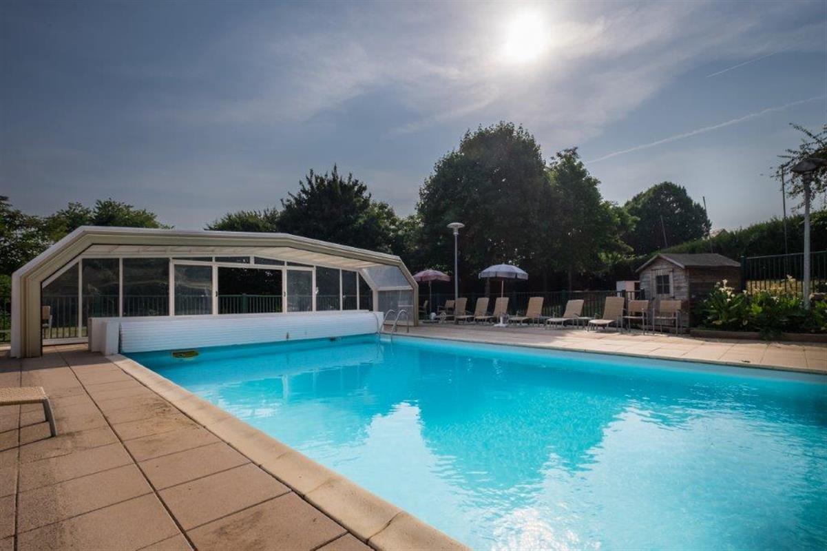 Piscine ext rieure chauff e l 39 ermitage hotel restaurant 32 - Prix piscine exterieure ...